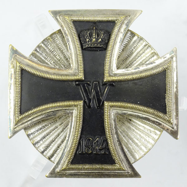 Vaulted Imperial 1914 Iron Cross 1st Class with Clamshell Screw Back