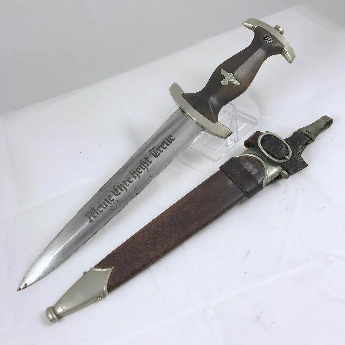 Boker SS Dagger with Vertical Hanger