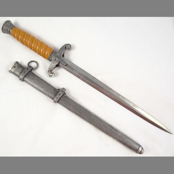 Heer (Army) Dagger — Carl Eickhorn Solingen