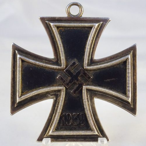 Knights Cross of the Iron Cross by Juncker L/12 800 (rare variant)