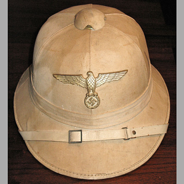 f856cd3013 Kriegsmarine Administration Official s White Pith Helmet ...