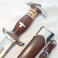 sa-dagger-with-tag-tmb