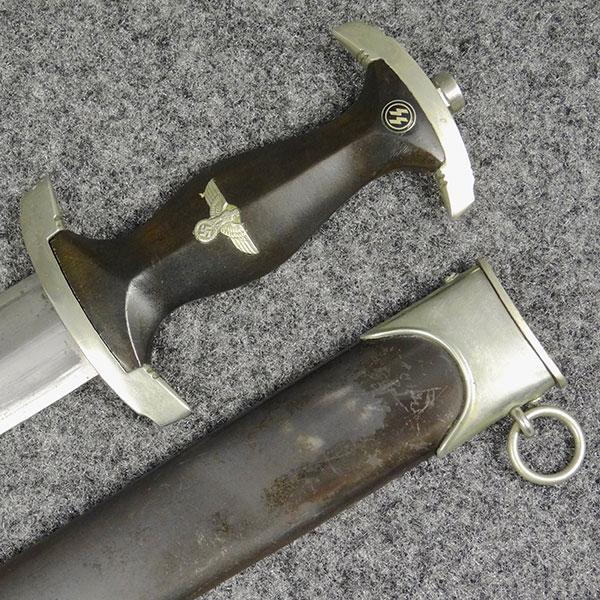 SS Dagger by E.P.&S. (Ernst Pack & Sohne)