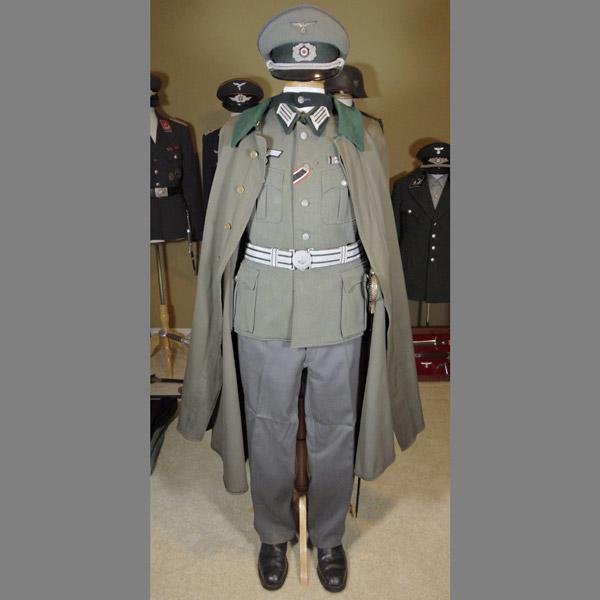 TSD (Truppensonderdiesnst) Officer Uniform Grouping