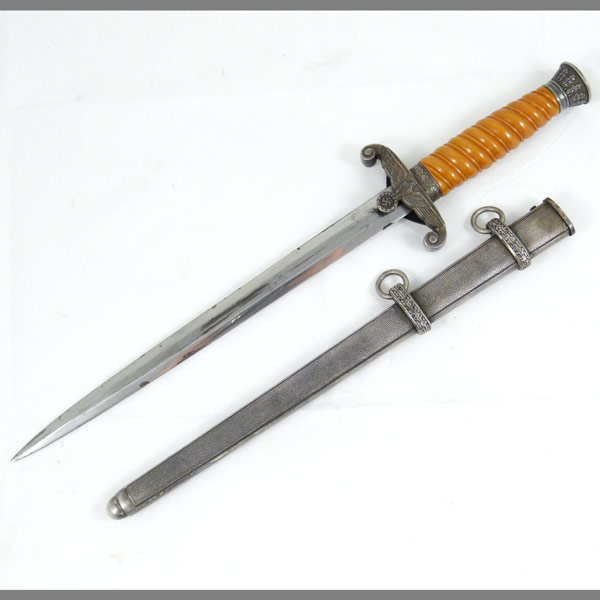 WKC Heer Army Dagger with Deep Amber Grip