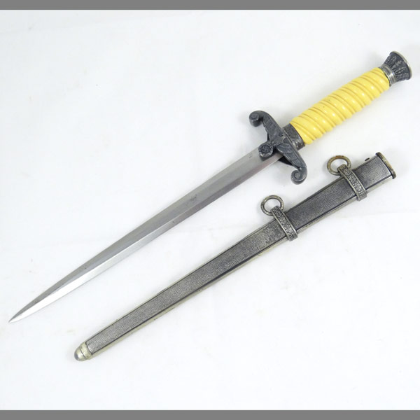 Heer Army Dagger from WKC Solingen with Tomahawk Style Eagle